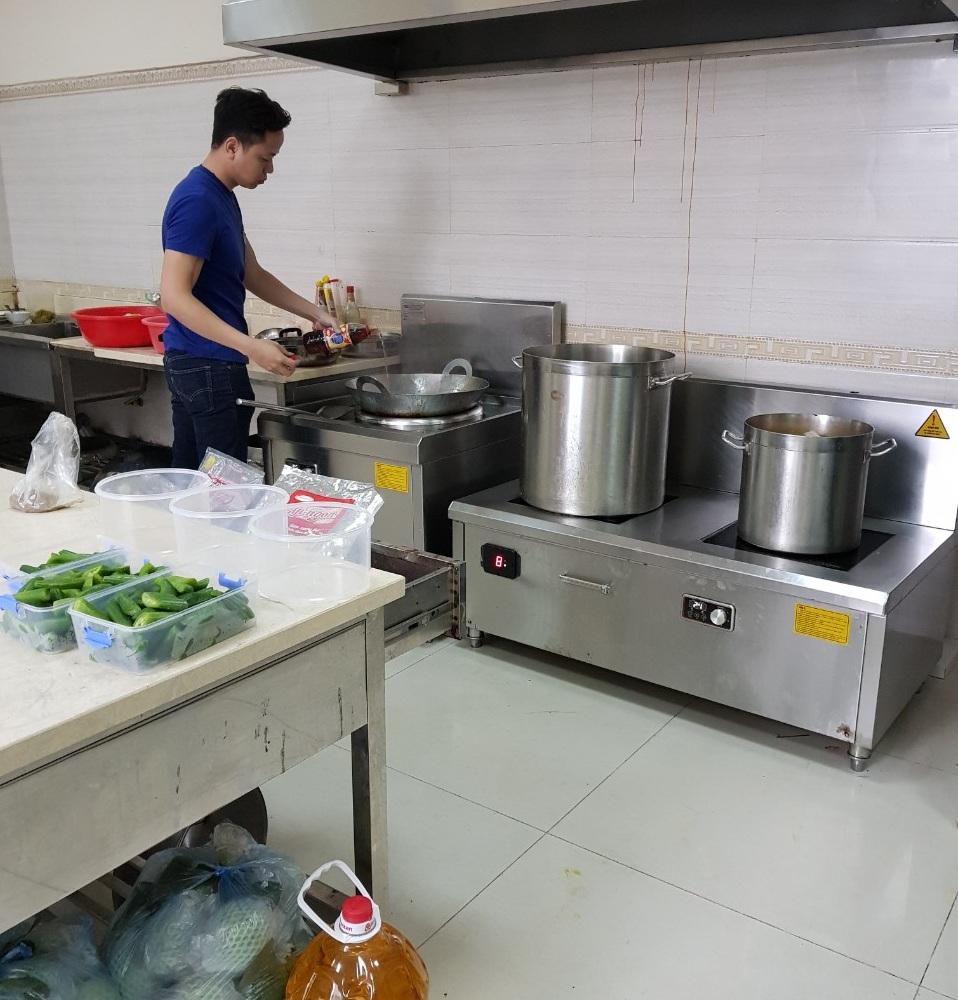 Bếp công nghiệp dùng cho trường mầm non, bán trú, nội trú