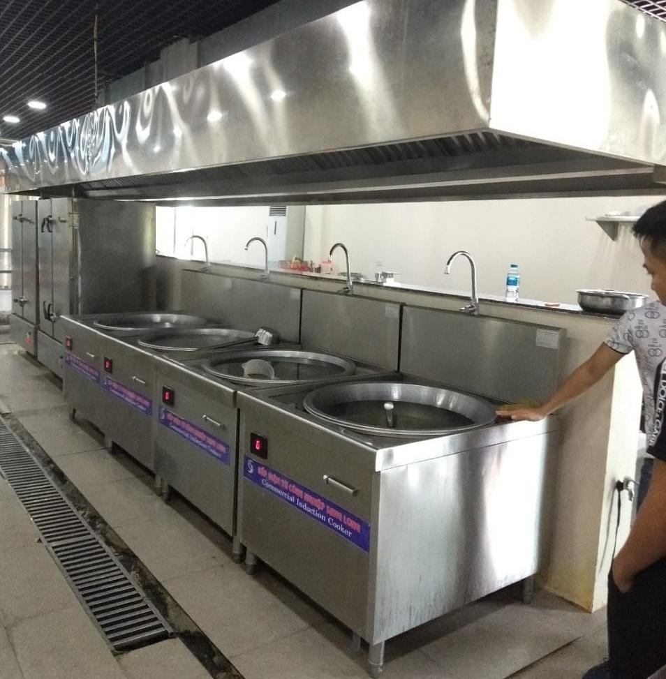 bếp từ công nghiệp dùng cho bếp ăn nhà máy lớn