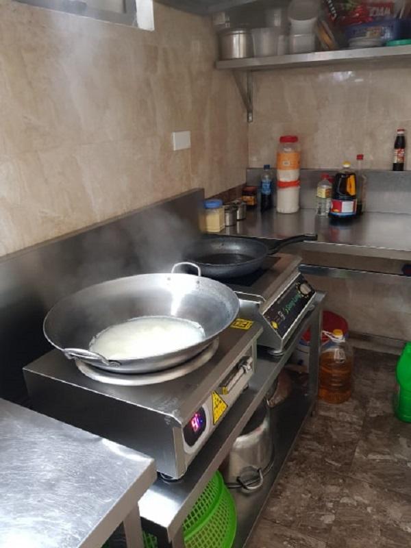 Lắp đặt bếp từ cho cửa hàng thực phẩm sạch Bác Tôm